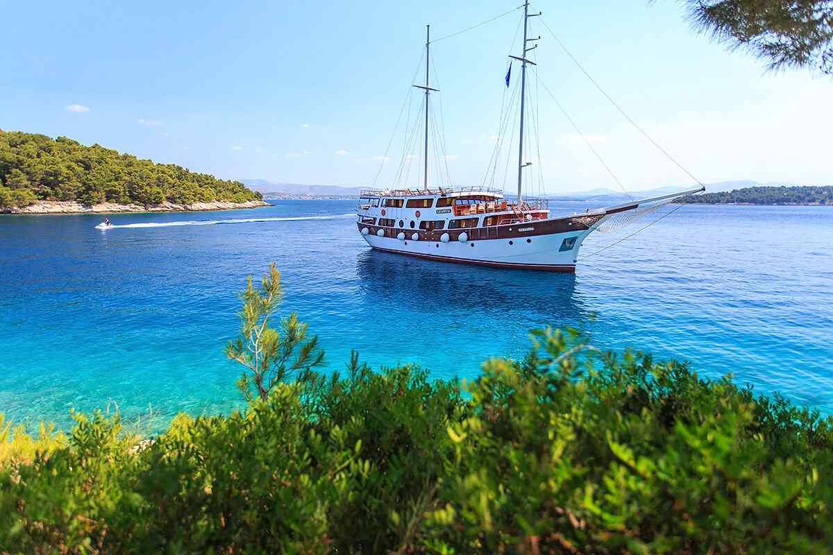 Gulet holidays in Croatia - Cesarica
