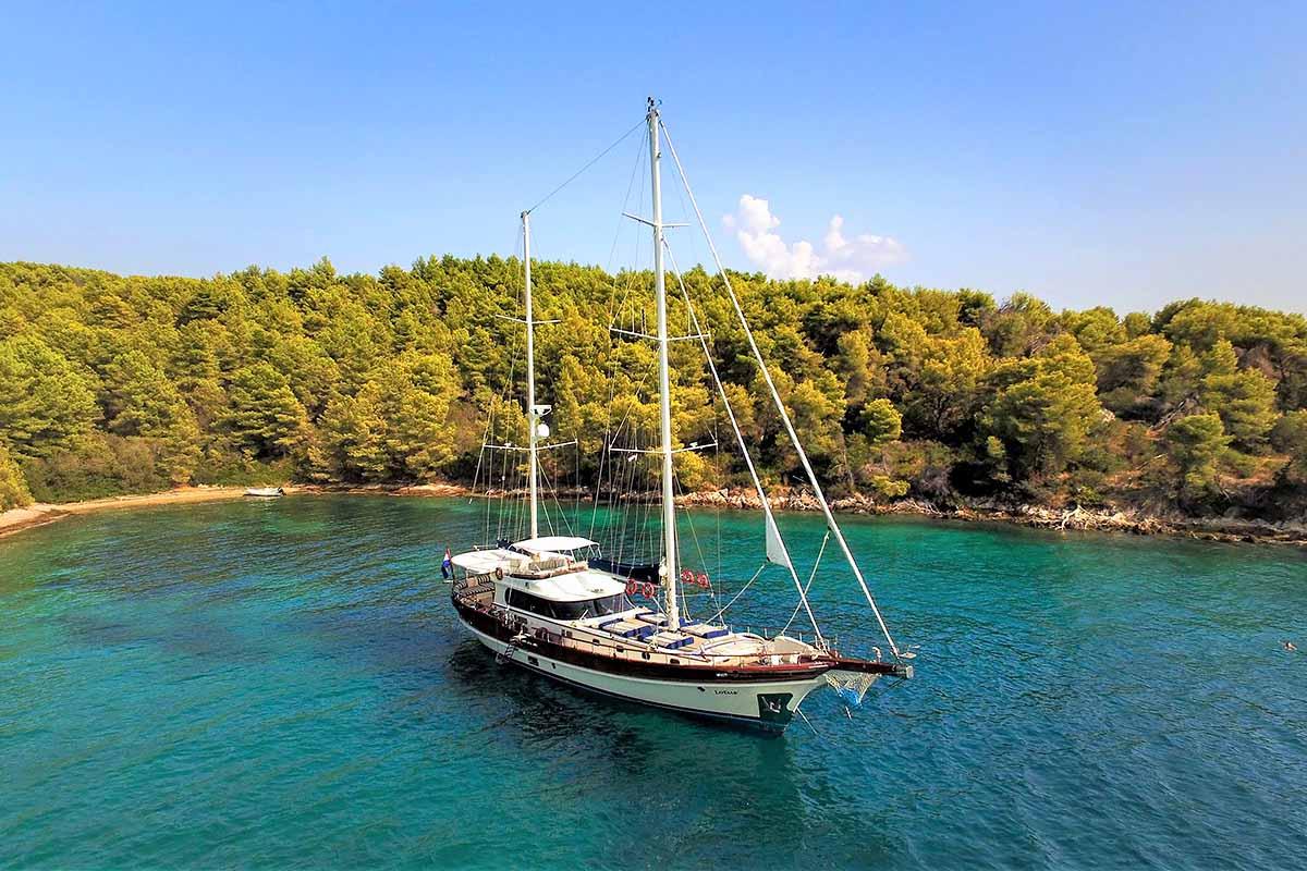 Gulet holidays in Croatia - Lotus