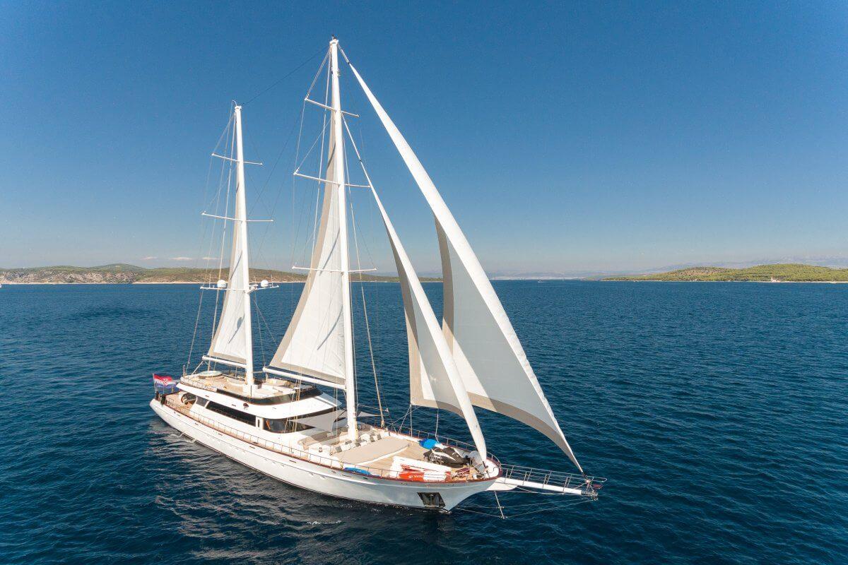 Luxury gulet holidays in Croatia: Lady Gita