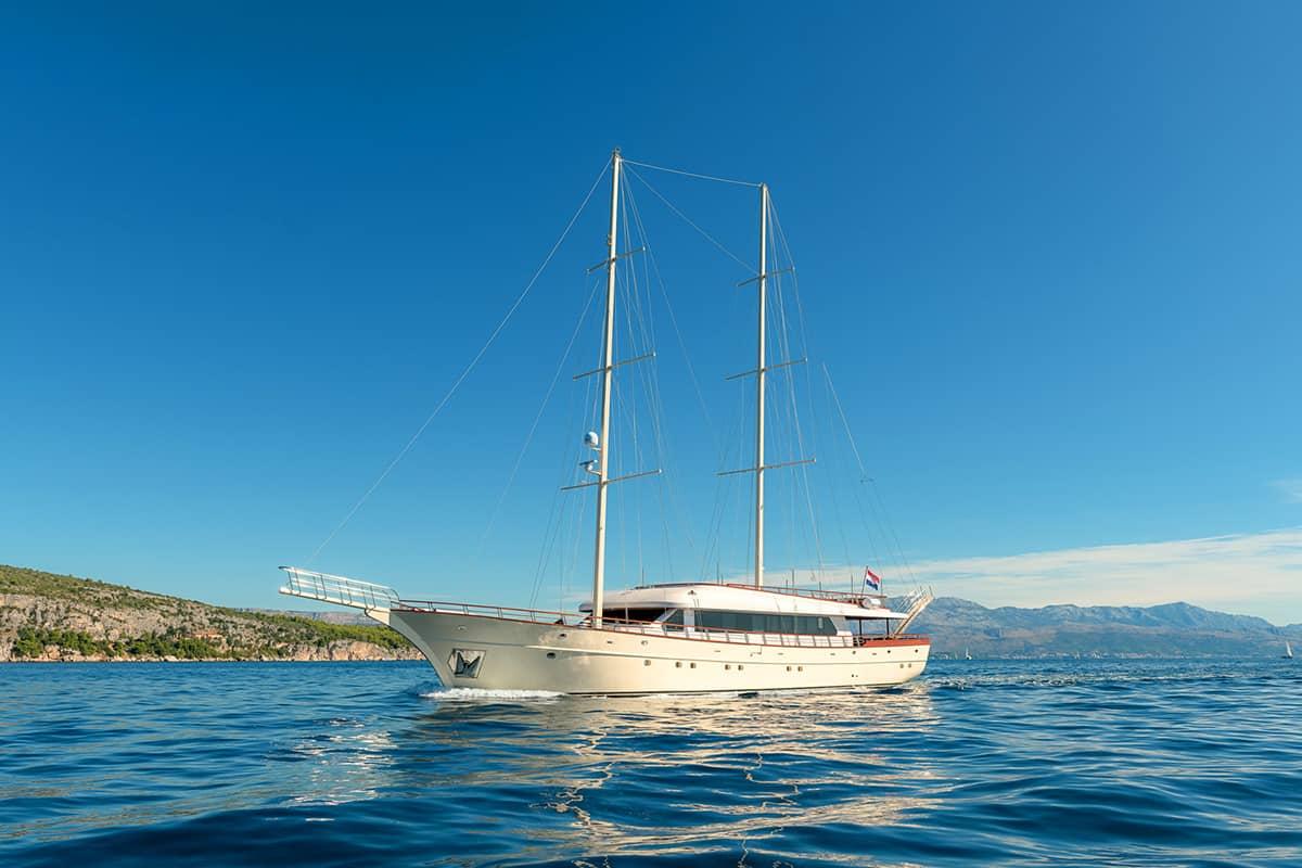 Luxury gulet holidays in Croatia: MSY Son de Mar