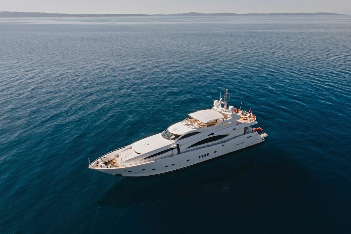 Yacht charter in Croatia - Baby I