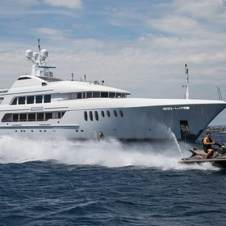 Luxury yacht EXPERIENCES